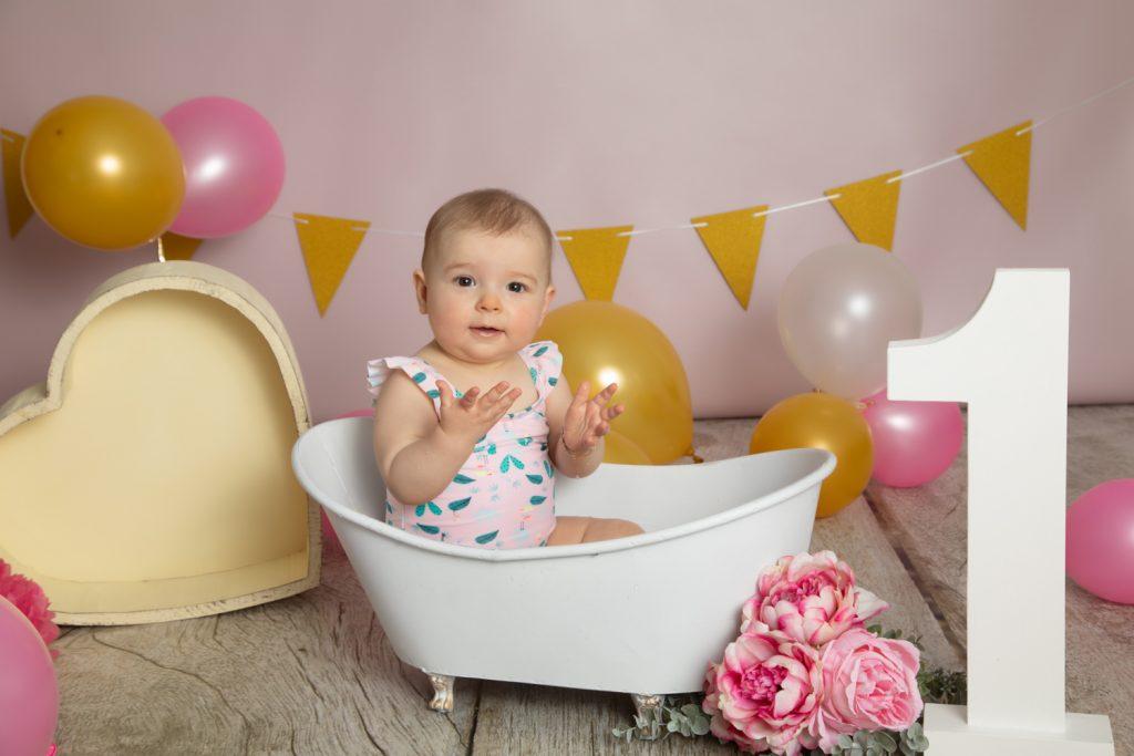anniversaire fille seance smash-the-cake-bain
