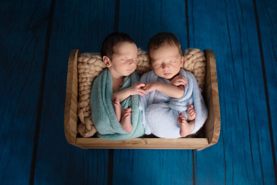 Jumeaux- Nouveau-Né
