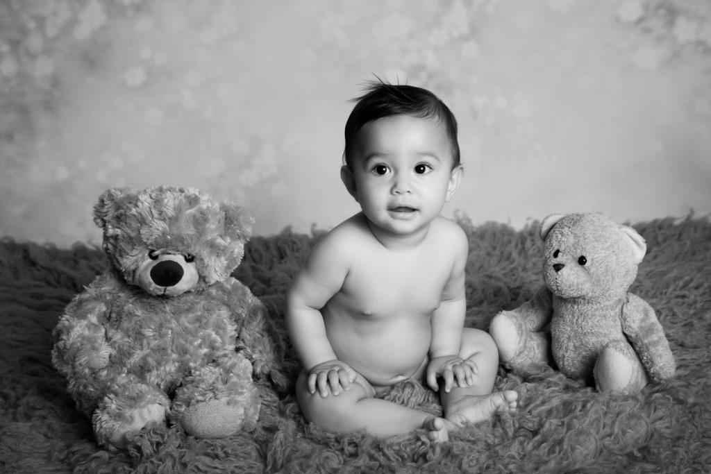 bébé assise- photographe-souvenirs de tendresse-7mois-Janzé
