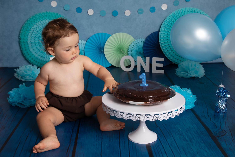 1ans-photographe-TatianaBrisson-gateau-smash-the-cake-Vitré