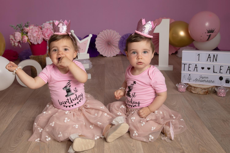 smash-the-cake-1ans-Twins-souvenirs photos -studio-photograhe- Vitré
