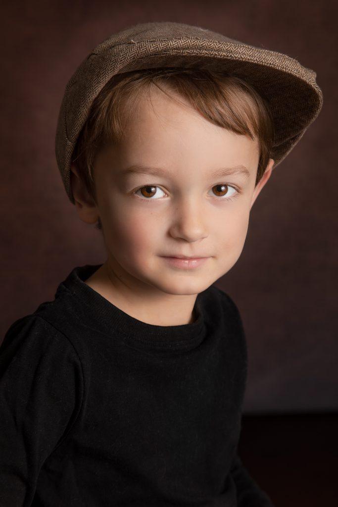Photo de portait garçon par tatiana Brisson Artiste Photographe